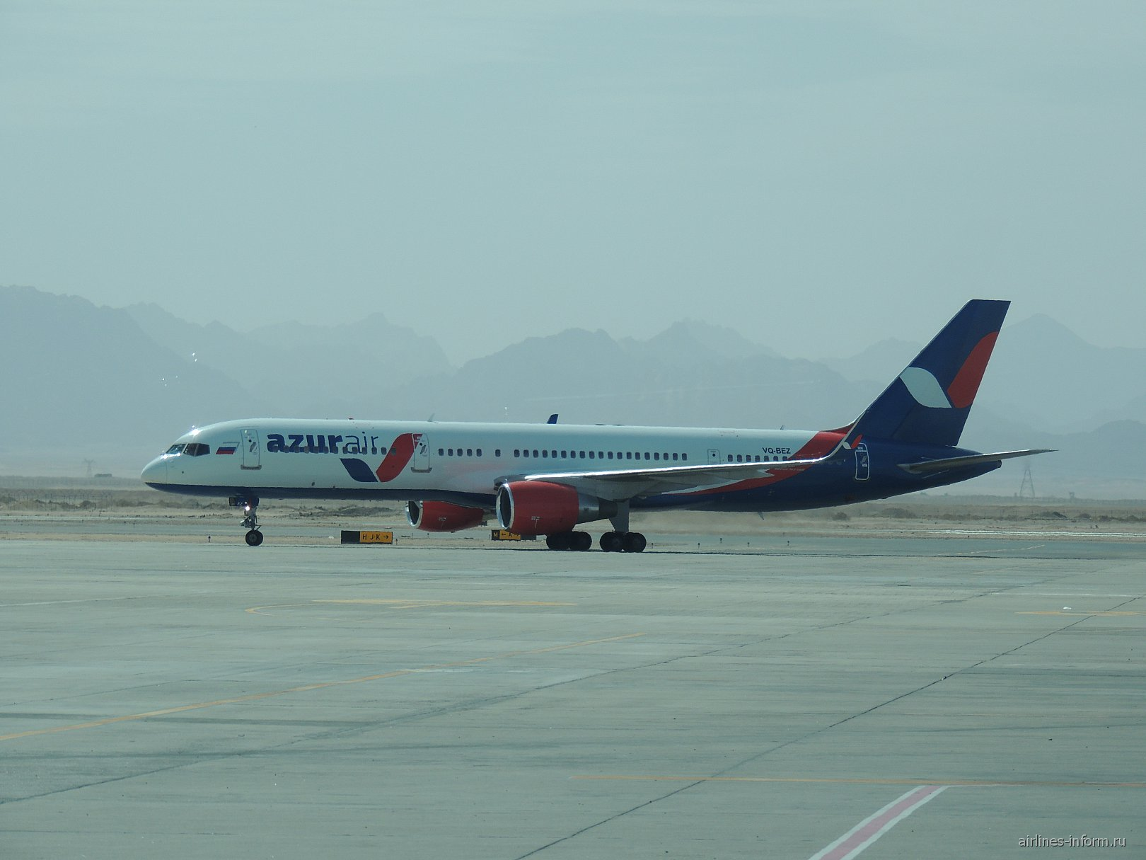 """Боинг-757-200 авиакомпании """"Катэкавиа"""" в аэропорту Хургада"""