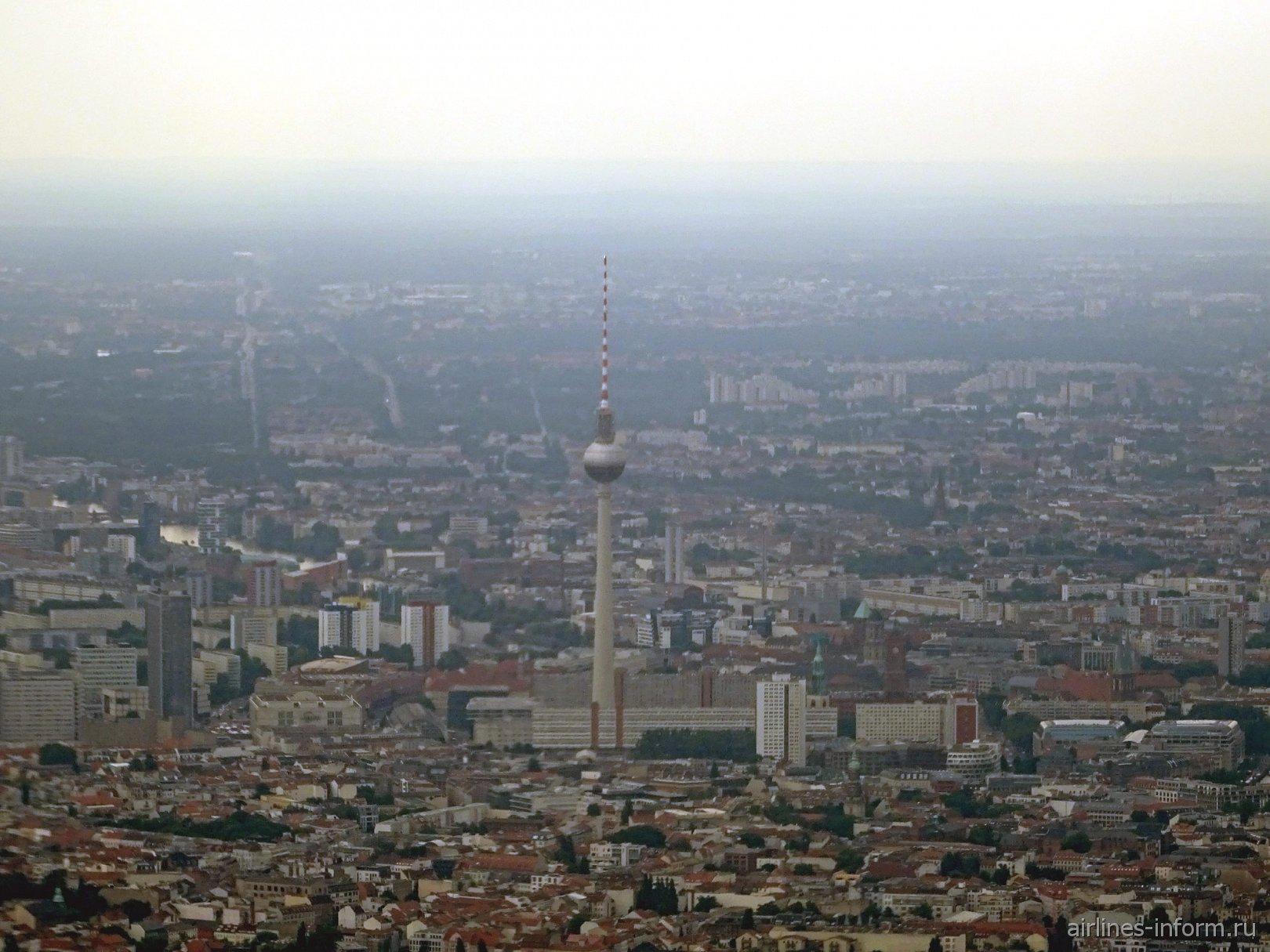 Телевышка на Александр Плац-центр Восточного Берлина