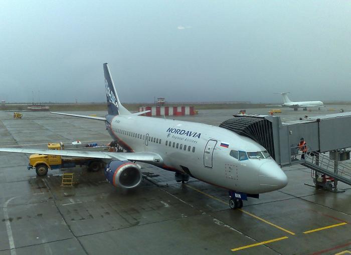 Боинг-737-500 авиакомпании Нордавиа в аэропорту Норильска