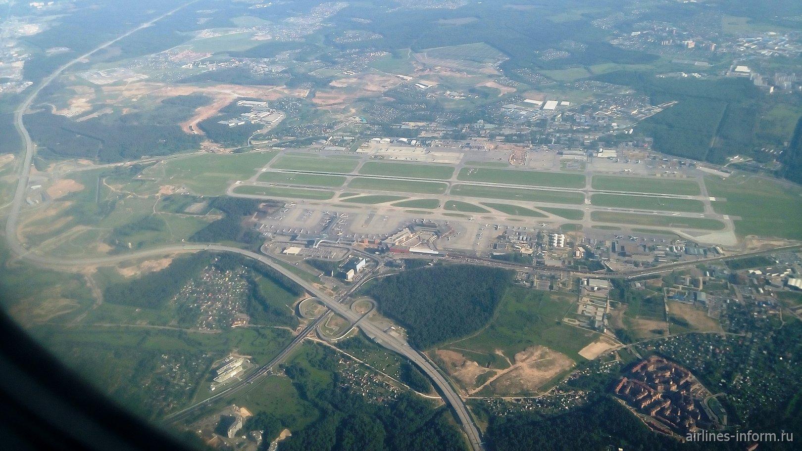 Вид сверху на аэропорт Москва Шереметьеву