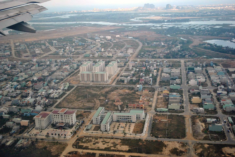 Окрестности Дананга перед посадкой в аэропорту