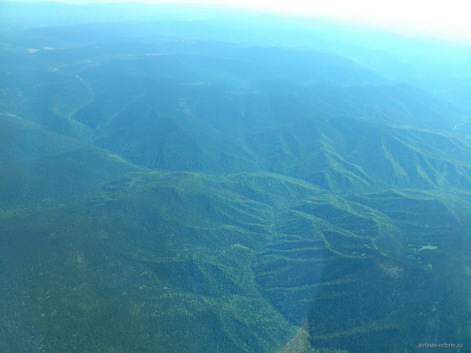 Леса в Бурятии восточнее Байкала