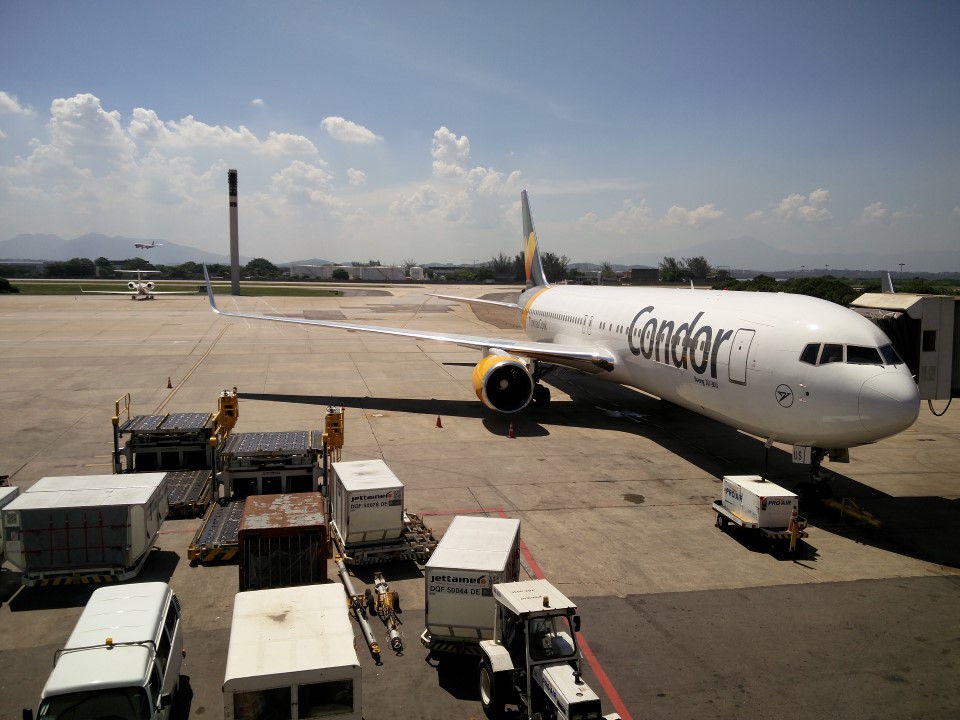 Боинг-767-300 авиакомпании Condor в аэропорту Рио-де-Жанейро Галеан