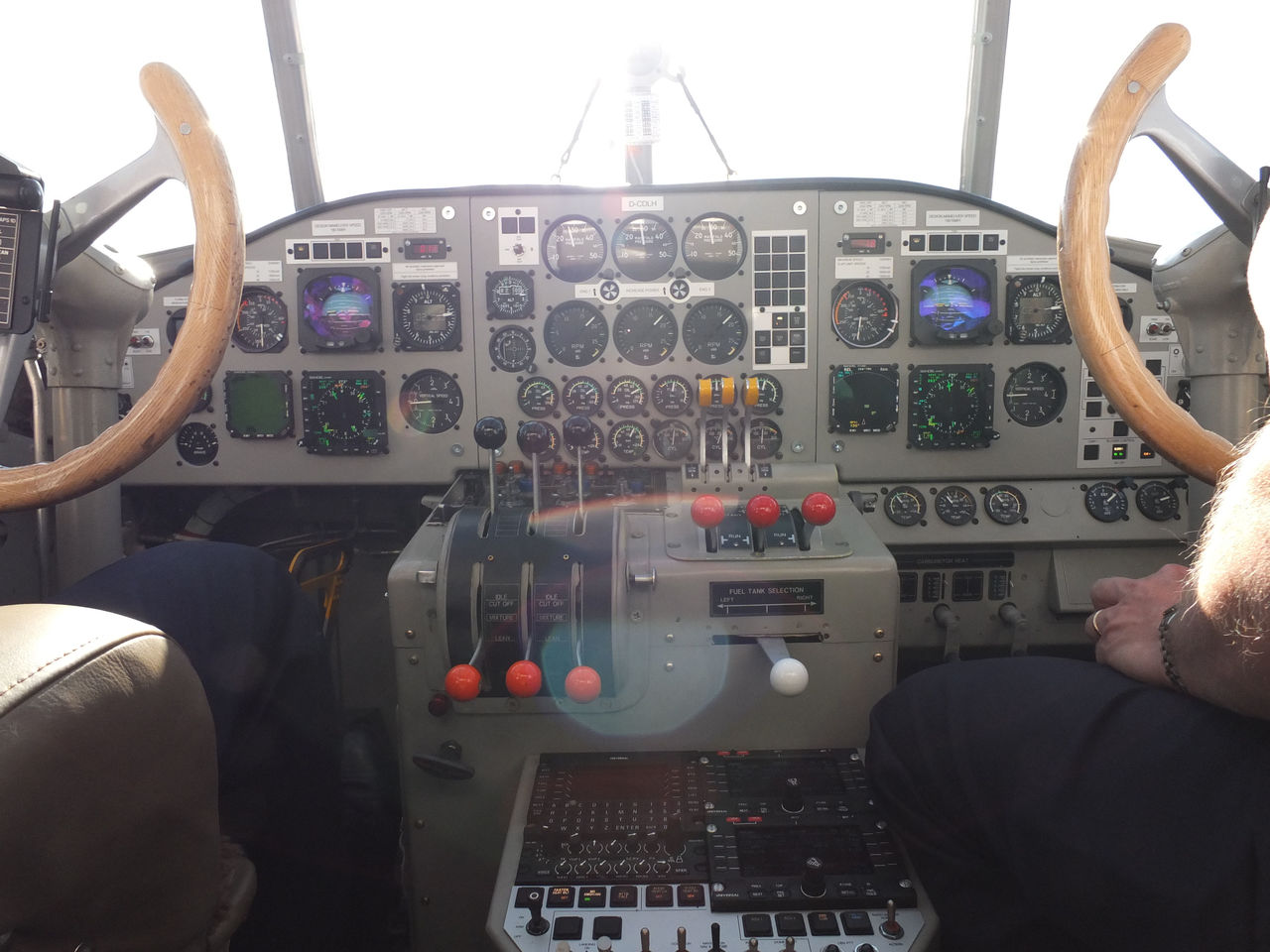 Пилотская кабина самолета Юнкерс Ю-52