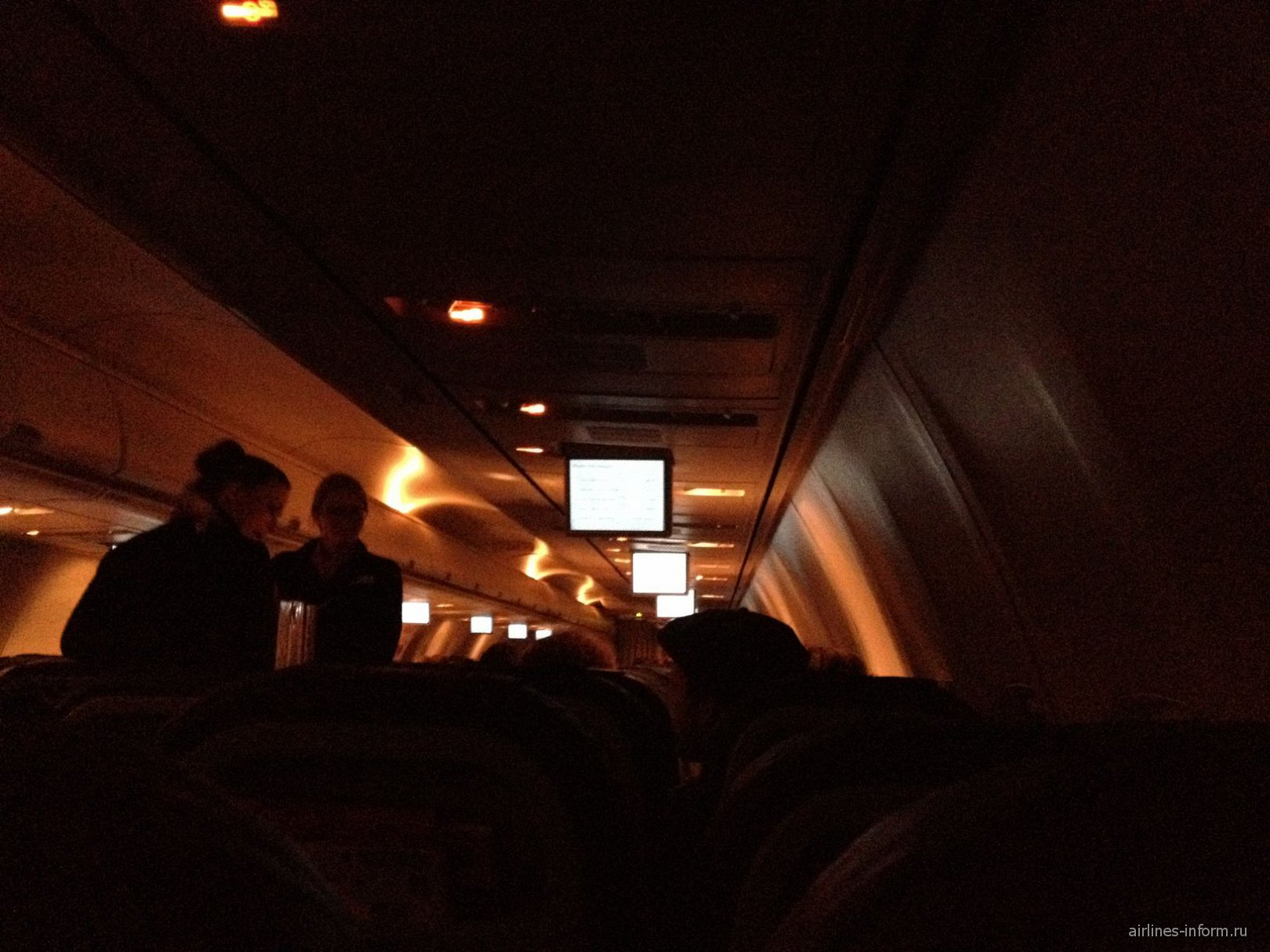 В самолете Боинг-737-800 авиакомпании airberlin