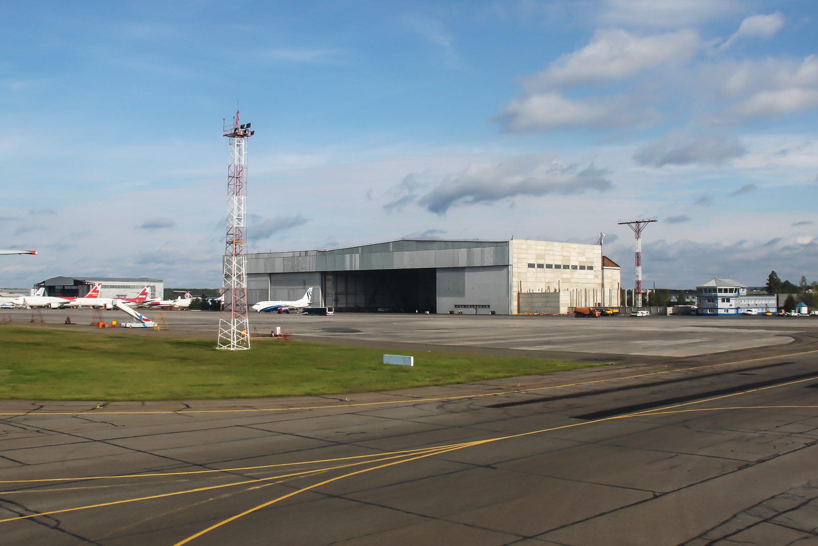 Ангар аэропорта Красноярск Емельяново