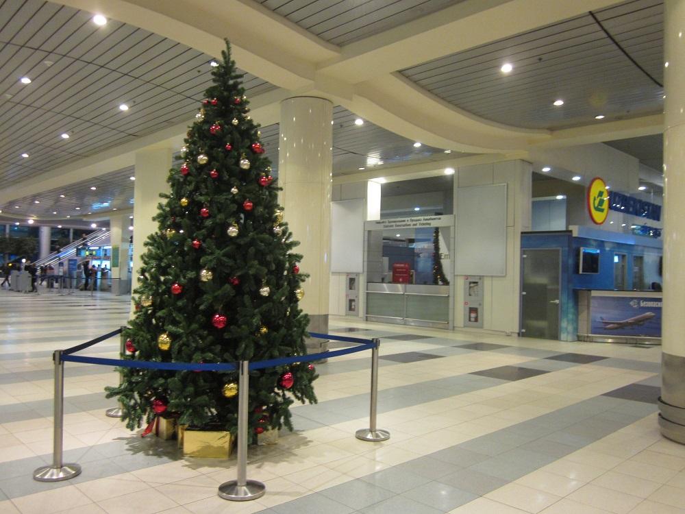 Елка в аэропорту Домодедово