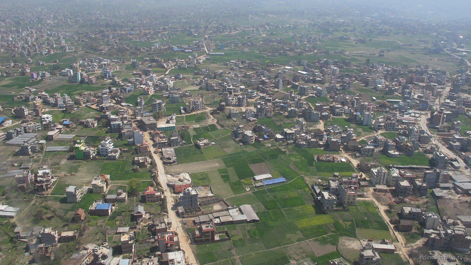 Жилые кварталы в пригороде города Катманду