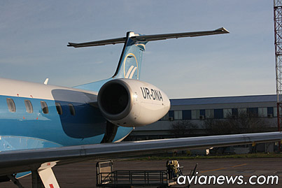 Embraer ERJ-145 Dniproavia