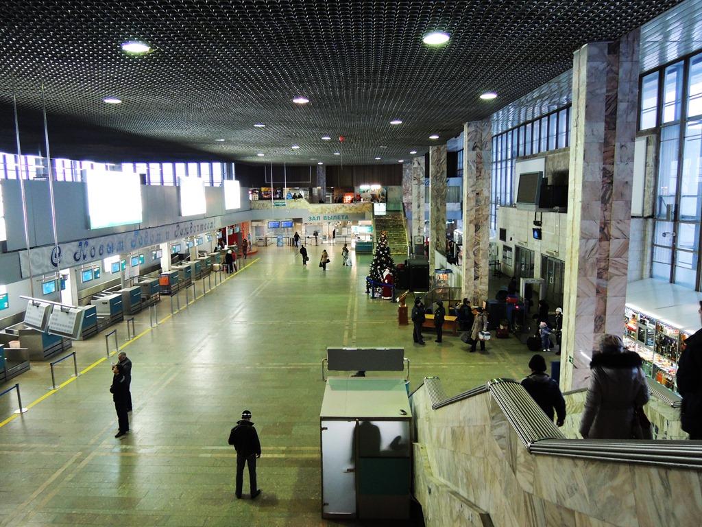 В аэровокзале аэропорта Новый в Хабаровске