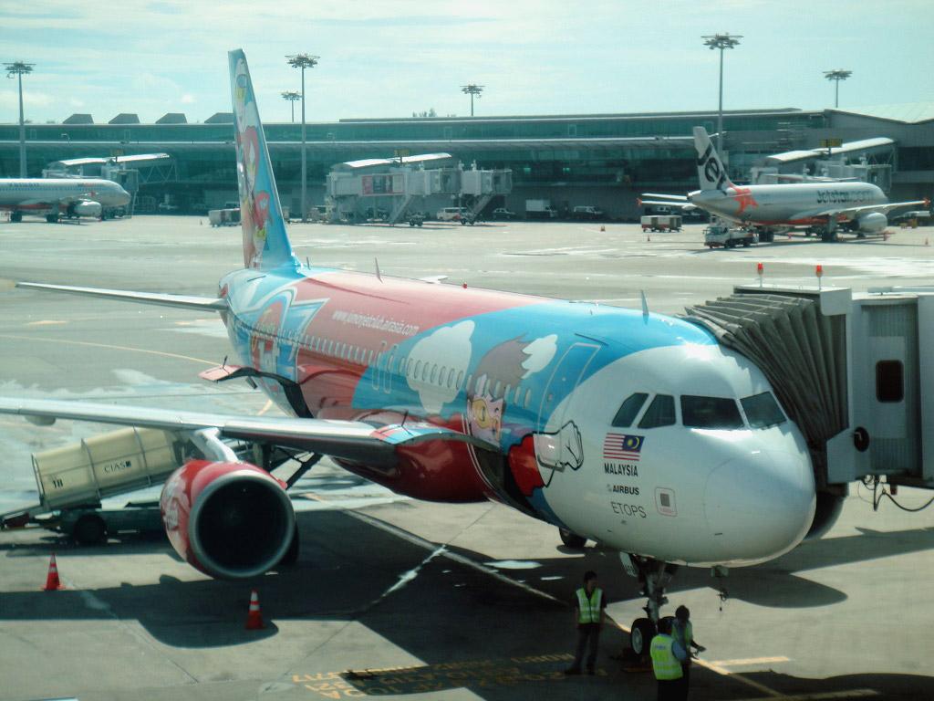 Flight from Singapore to Kuala Lumpur with AirAsia