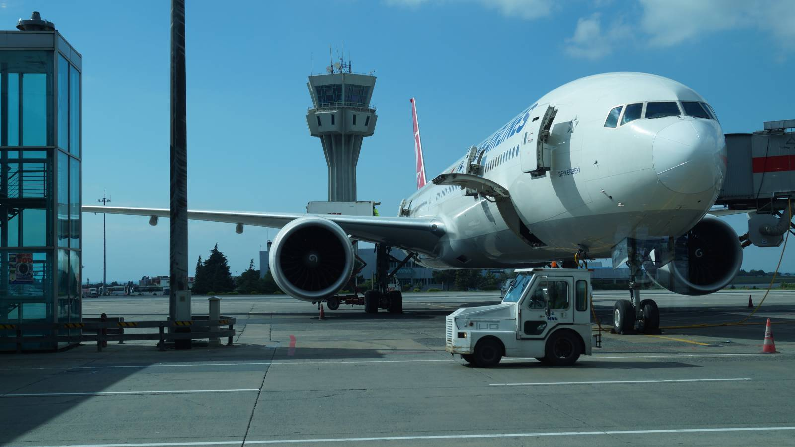 Боинг-777-300 Турецких авиалиний в аэропорту Стамбул Ататюрк