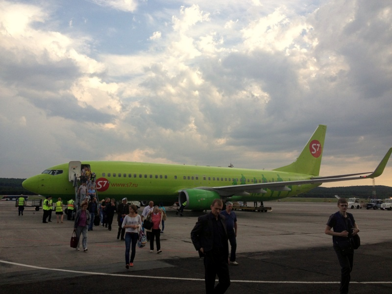 Боинг-737-800 S7 Airlines в аэропорту Емельяново