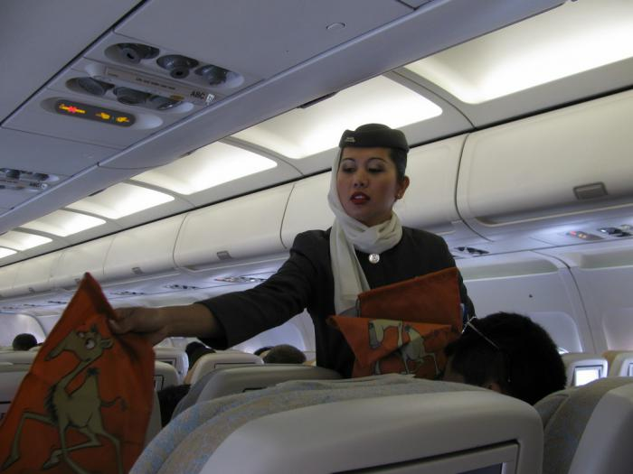 Cabin attendents of Etihad Airways