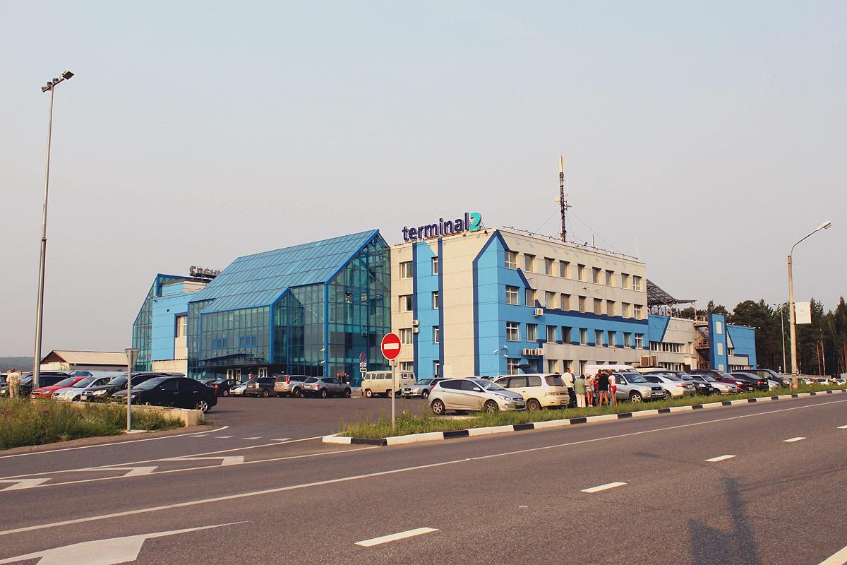 Терминал 2 международных рейсов в аэропорту Емельяново