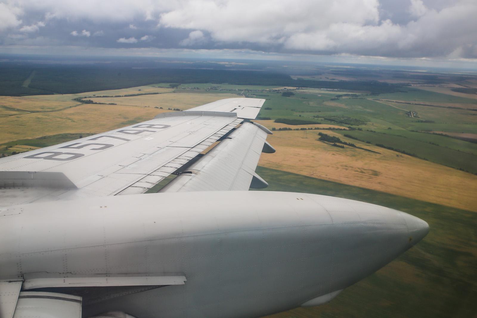 Заход на посадку в аэропорту Минска