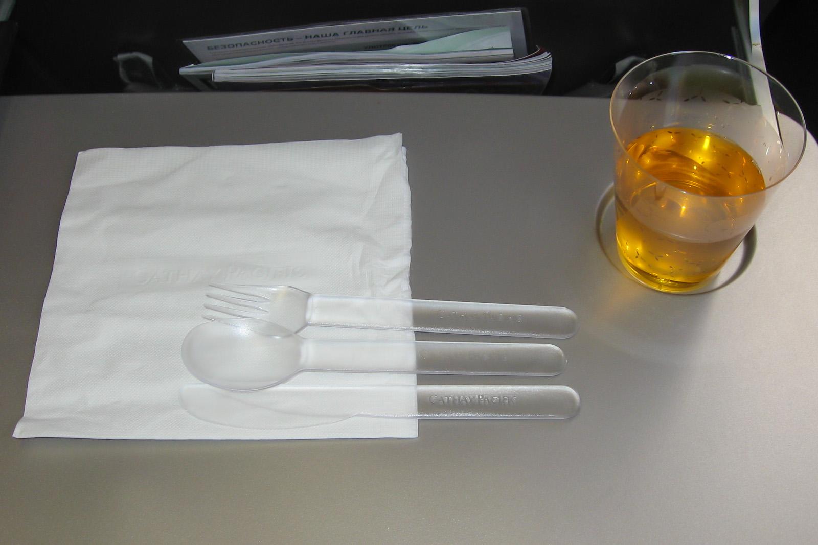 Столовые приборы авиакомпании Cathay Pacific