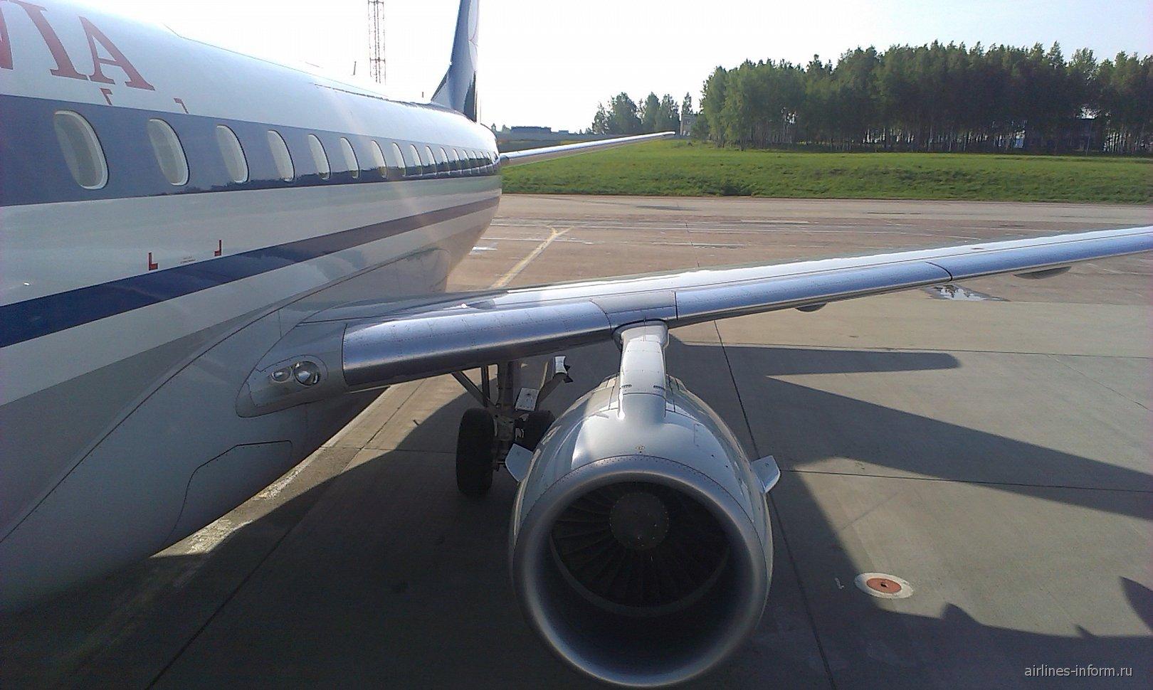 Посадка в Эмбраер-170 авиакомпании Белавиа
