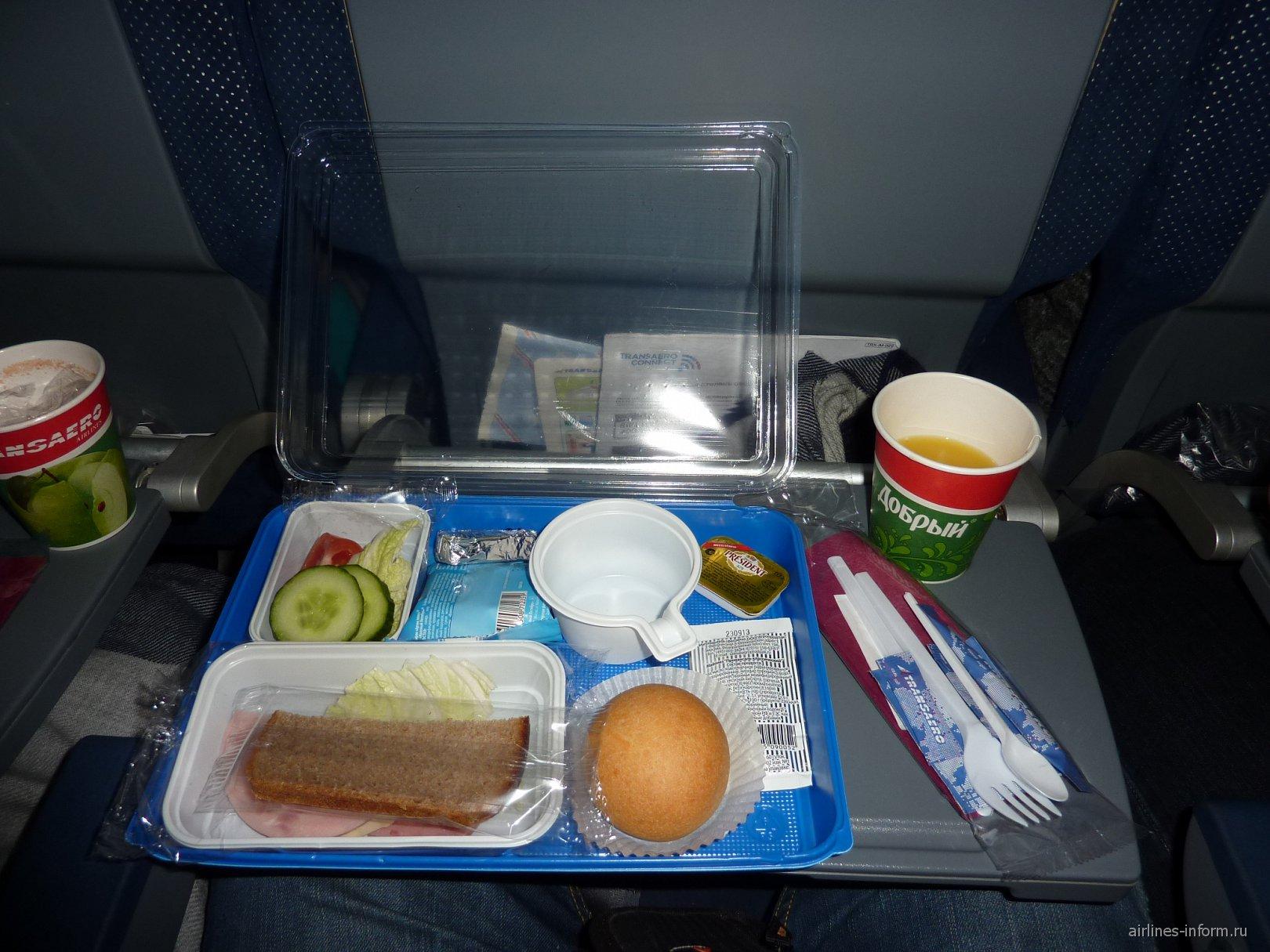Питание на чартерном рейсе Трансаэро Москва-Анталья