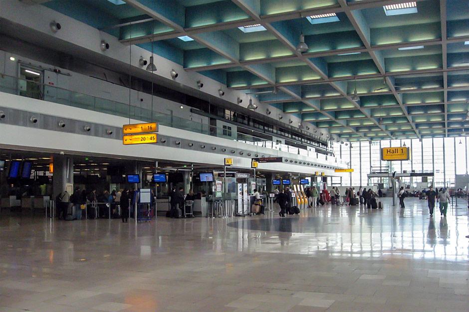 Зона регистрации в зале Hall 1 аэропорта Марселя