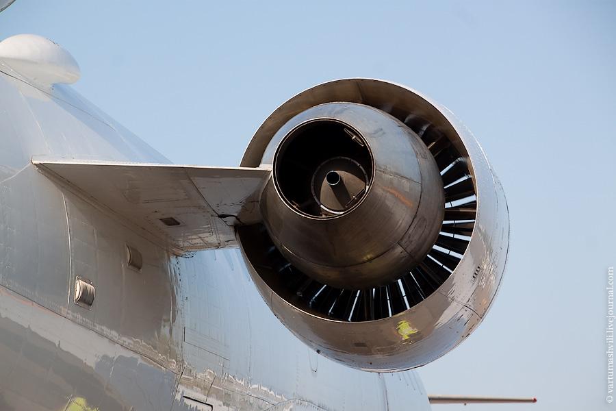 Двигатель самолета Як-42