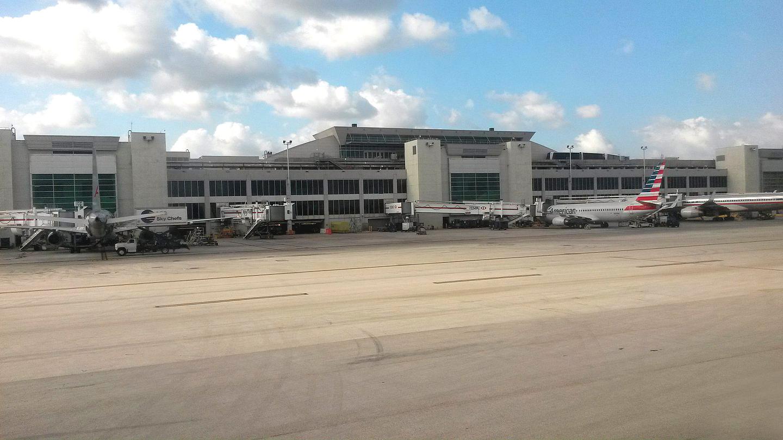 Пассажирский терминал аэропорта Майами