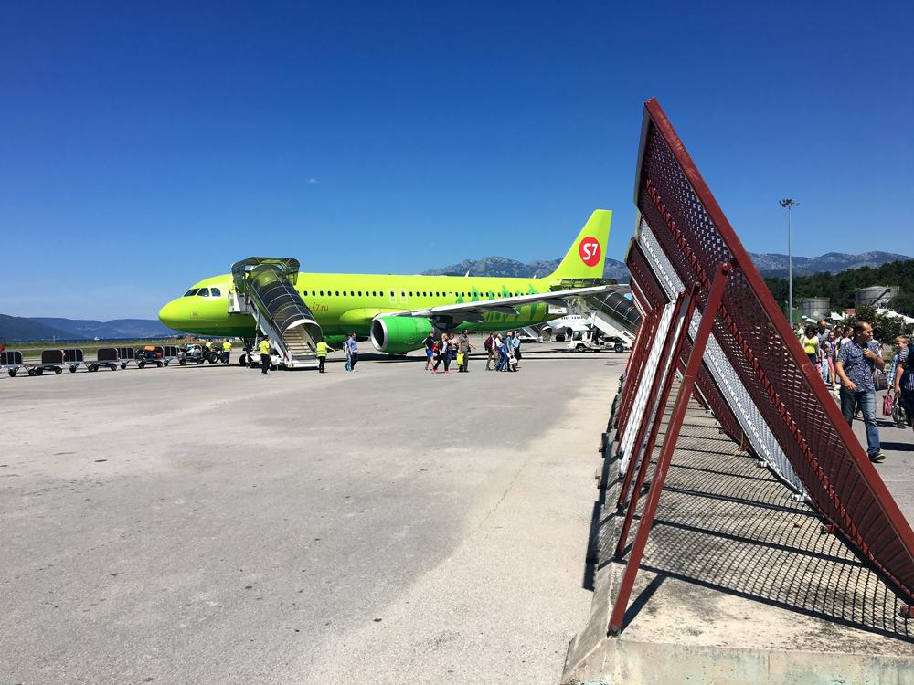 Открывать. Москва - Тиват с авиакомпанией S7 Airlines.