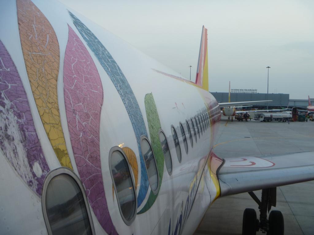 Из Европы в Азию и обратно. Часть 4. Хошимин - Пномпень на Airbus A320 VietJet Air.