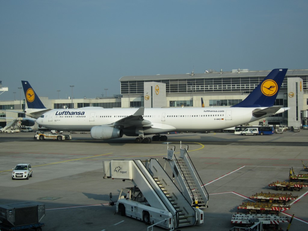 Airbus A330-300 Lufthansa в аэропорту Франкфурта-на-Майне