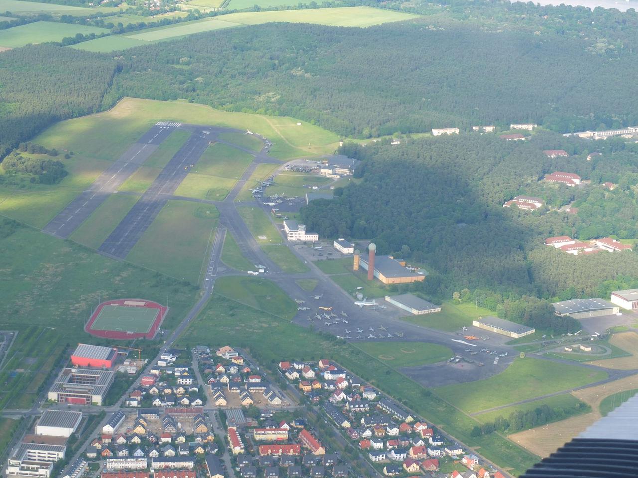 Вид на аэродром Гатов в Берлине