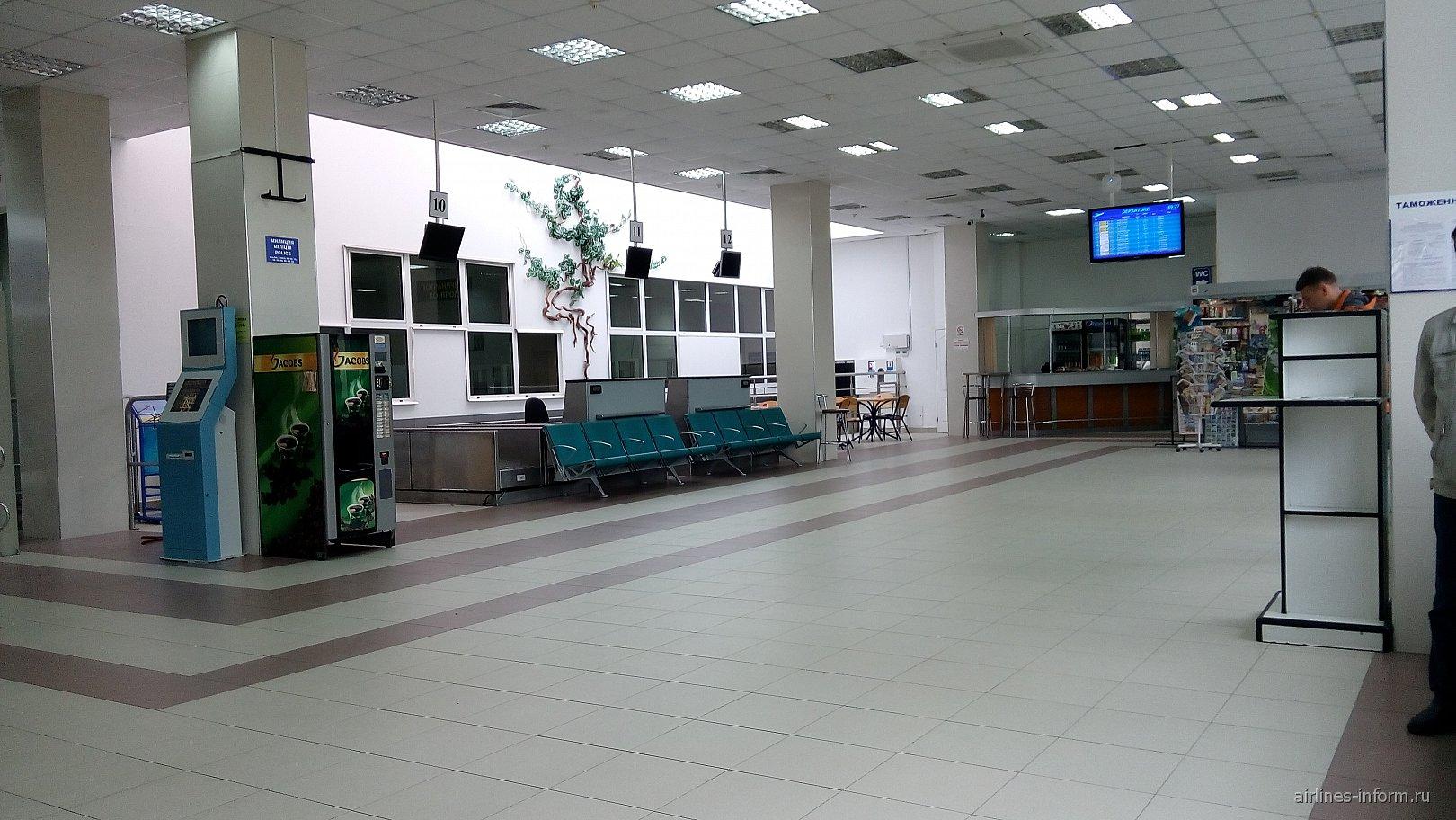 В терминале B аэропорта Симферополь