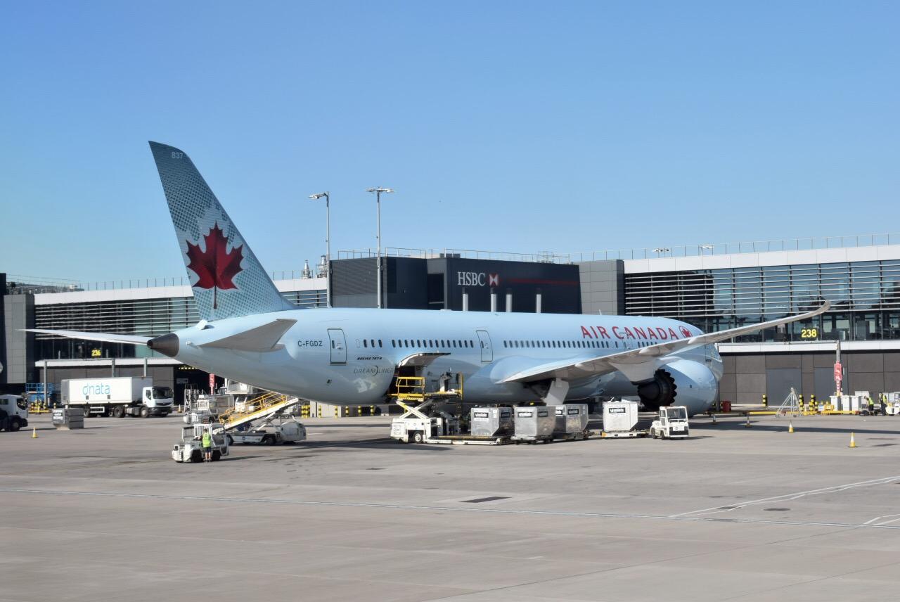 Боинг-787-9 авиакомпании Air Canada в аэропорту Лондон Хитроу