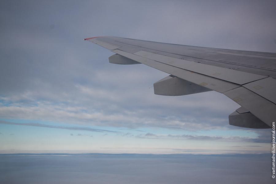 В полете на самолете Сухой Суперджет-100