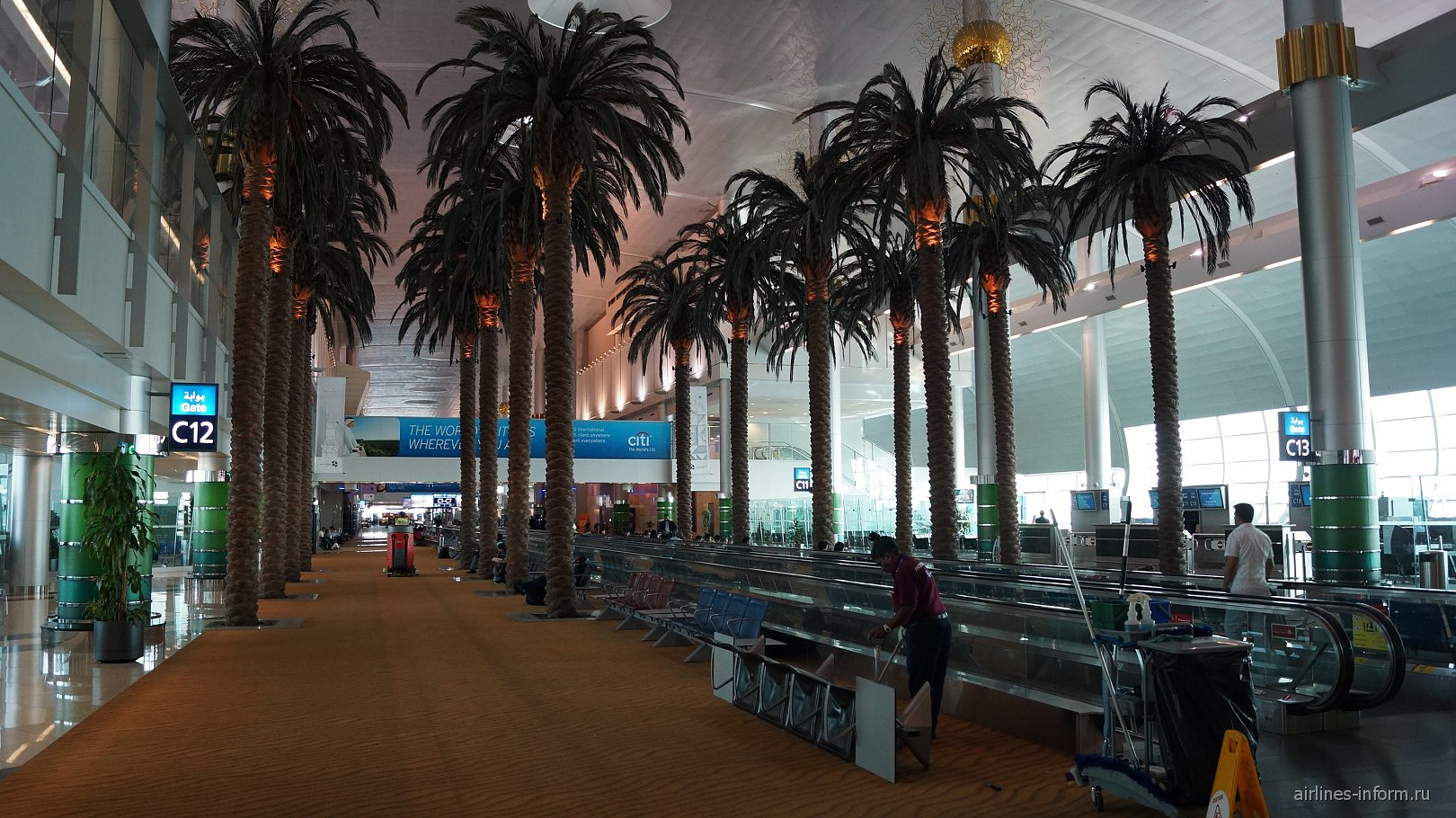 В терминале 3 аэропорта Дубай