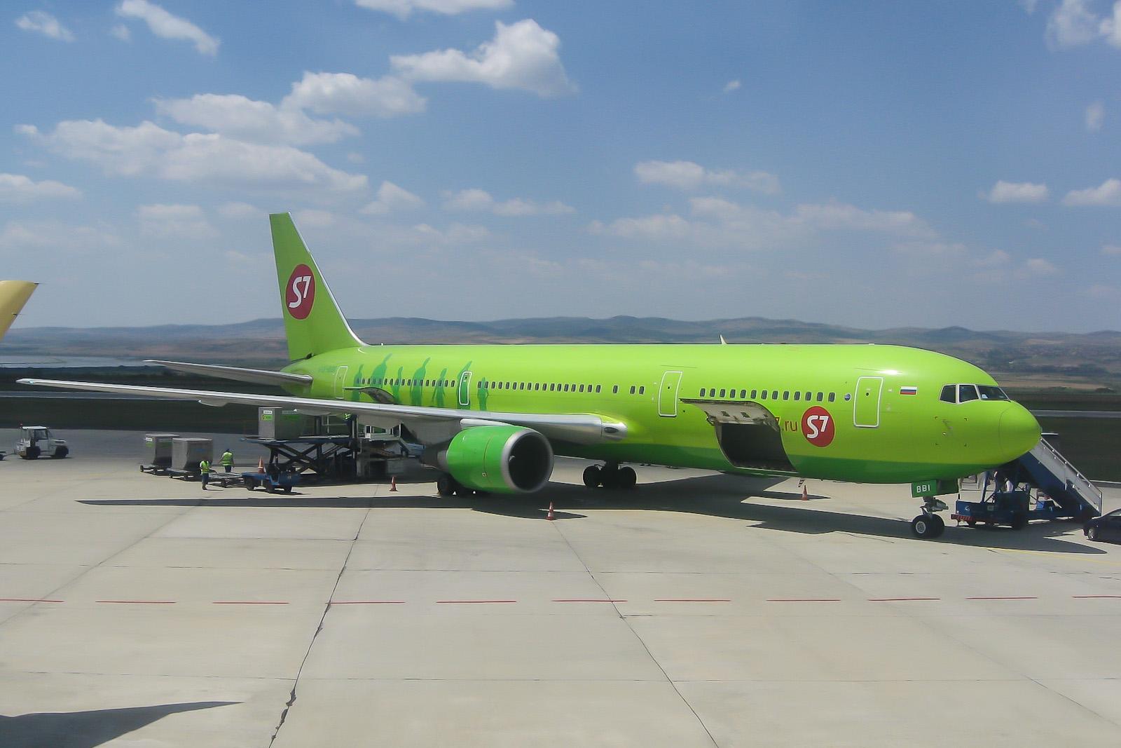 Боинг-767-300 авиакомпании S7 Airlines в аэропорту Бургас