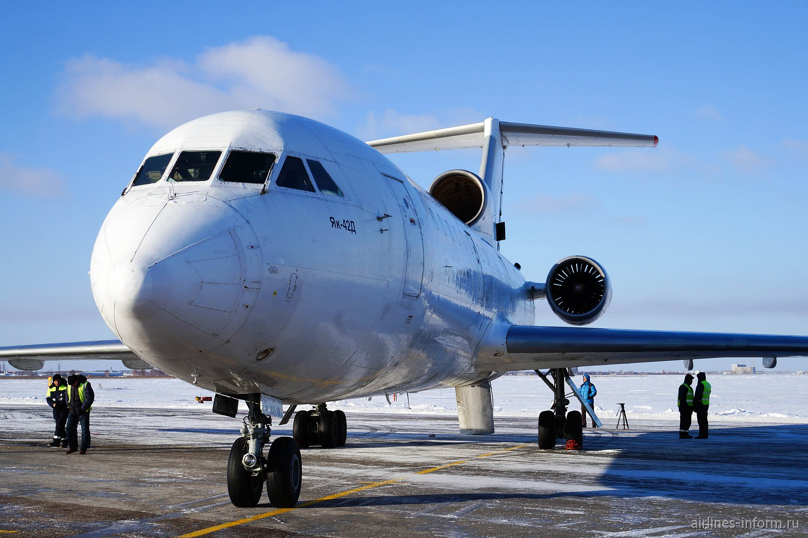 Уфа-Омск, авиакомпания Красавиа, ЯК-42Д, RA-42353