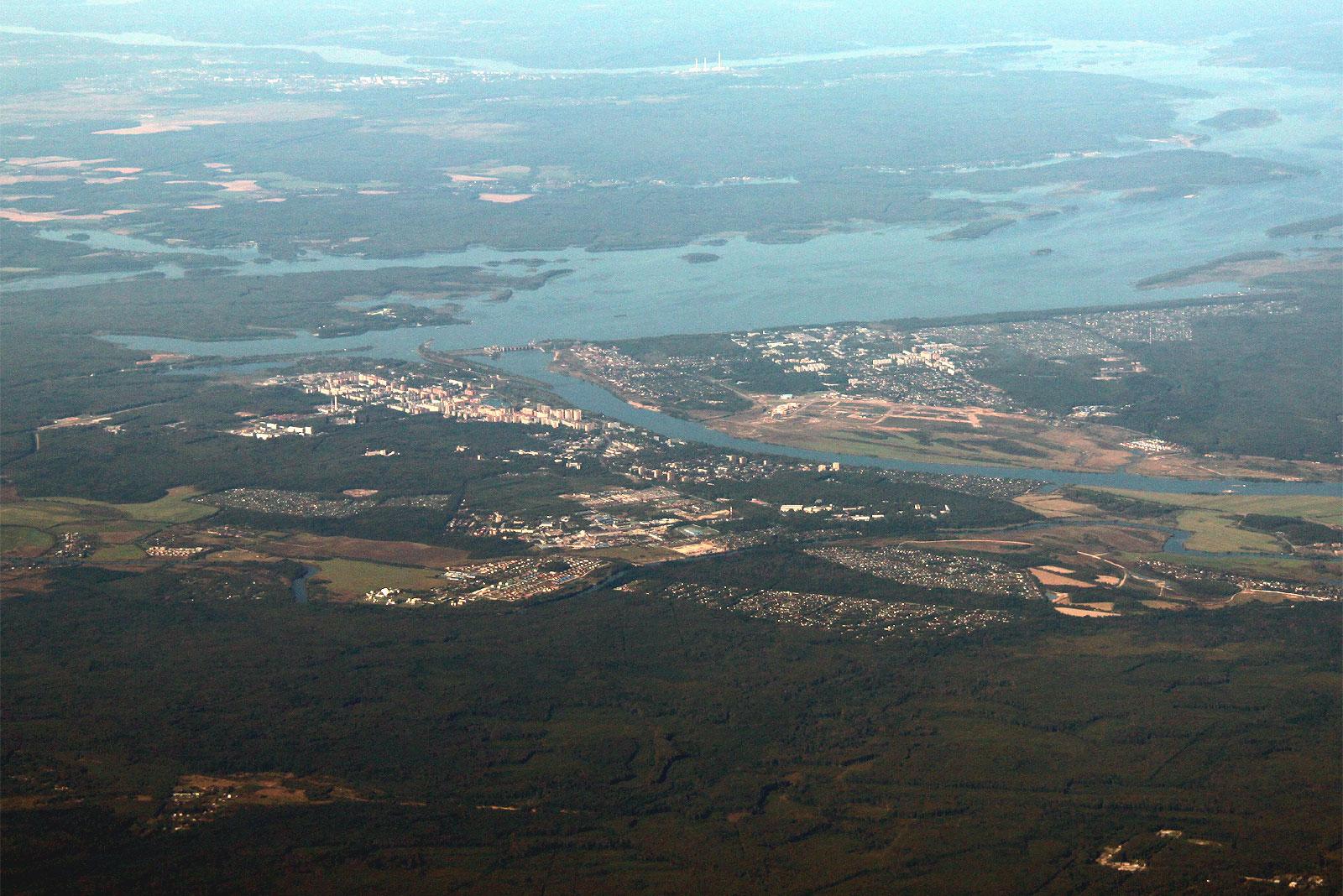 Вид на город Дубну и реку Волга