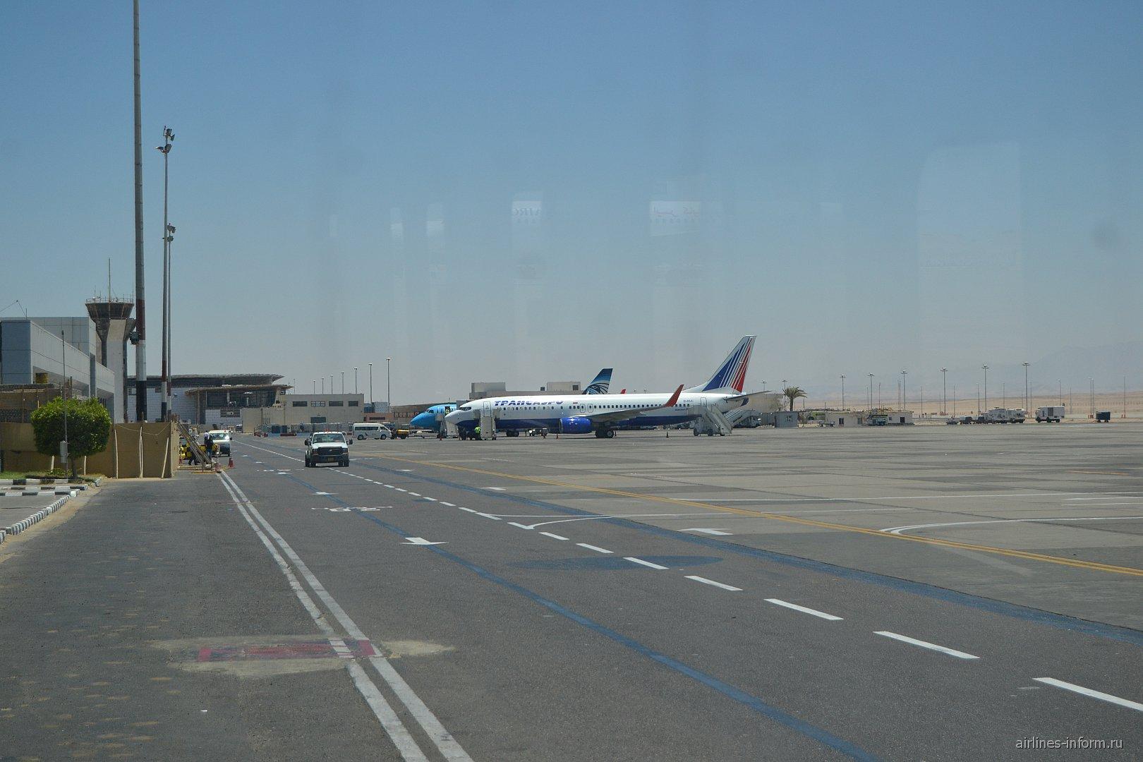 Перрон аэропорта Хургада
