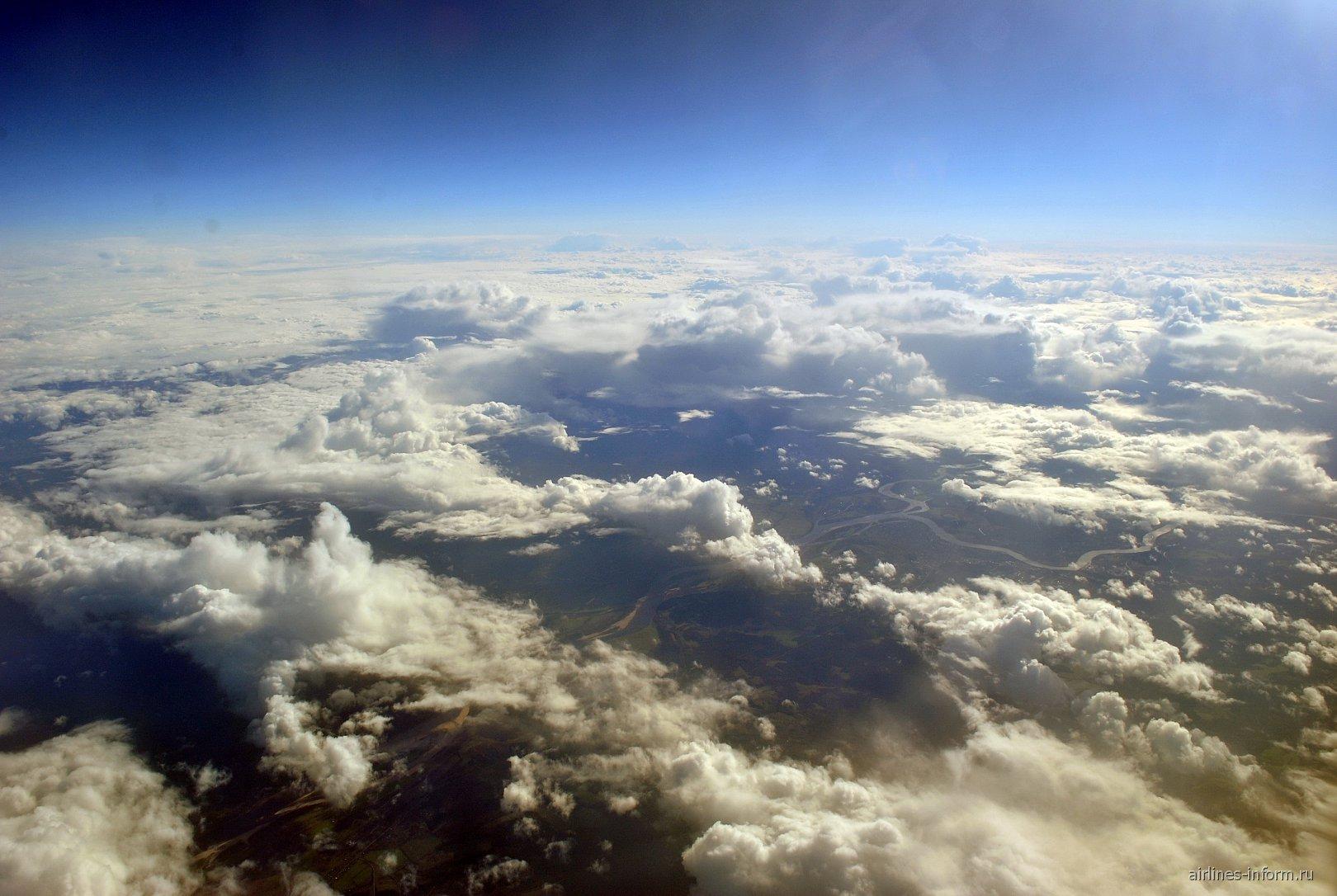 Облака в полете Владивосток-Москва