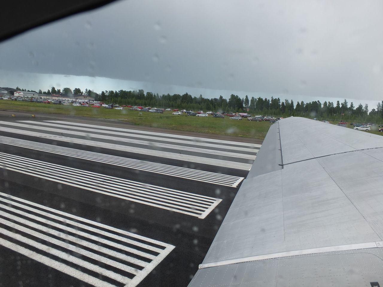 Демонстрационный полет на самолете Douglas DC-3 Finnish Airlines