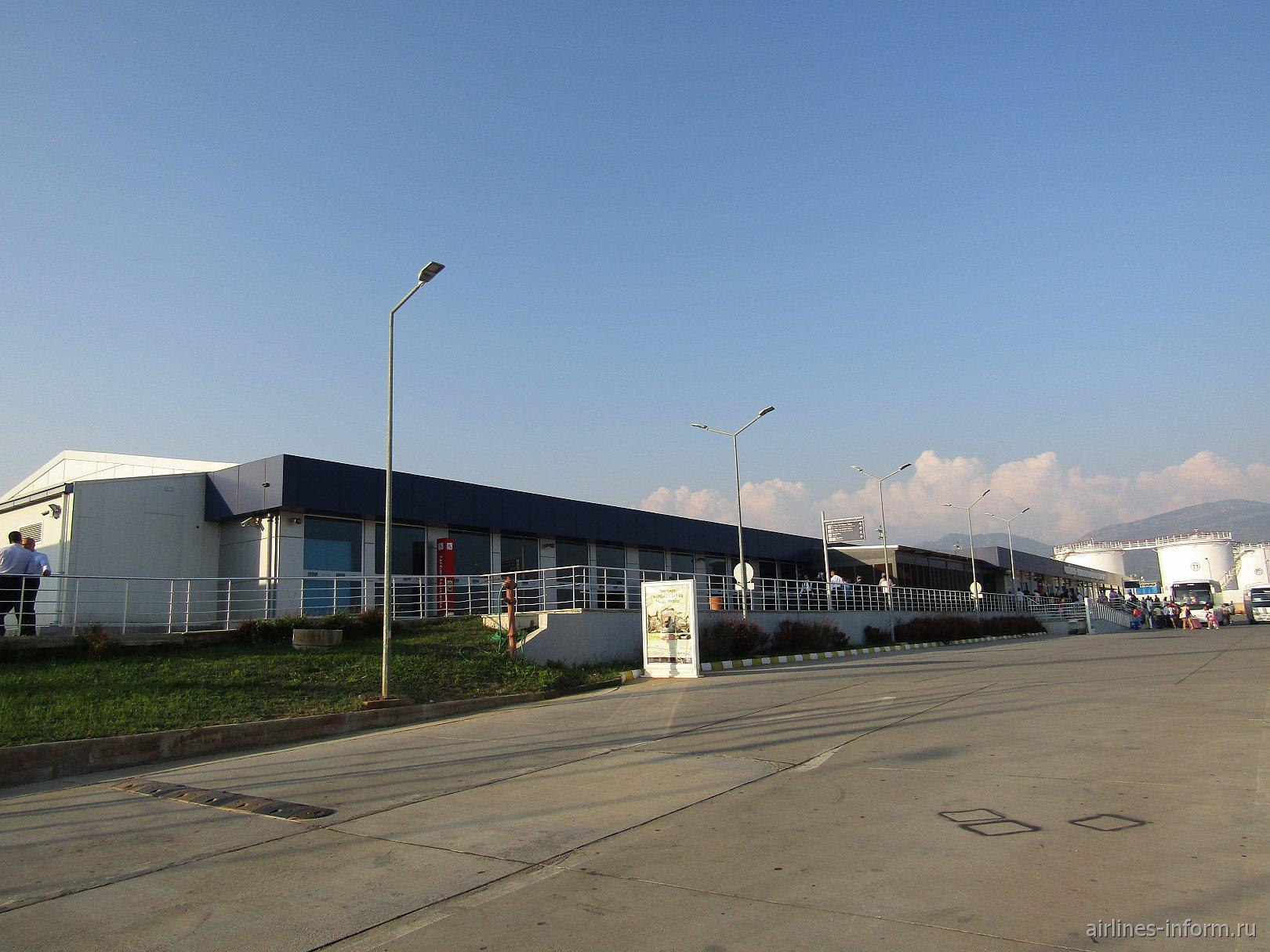 Пассажирский терминал аэропорта Алания Газипаша