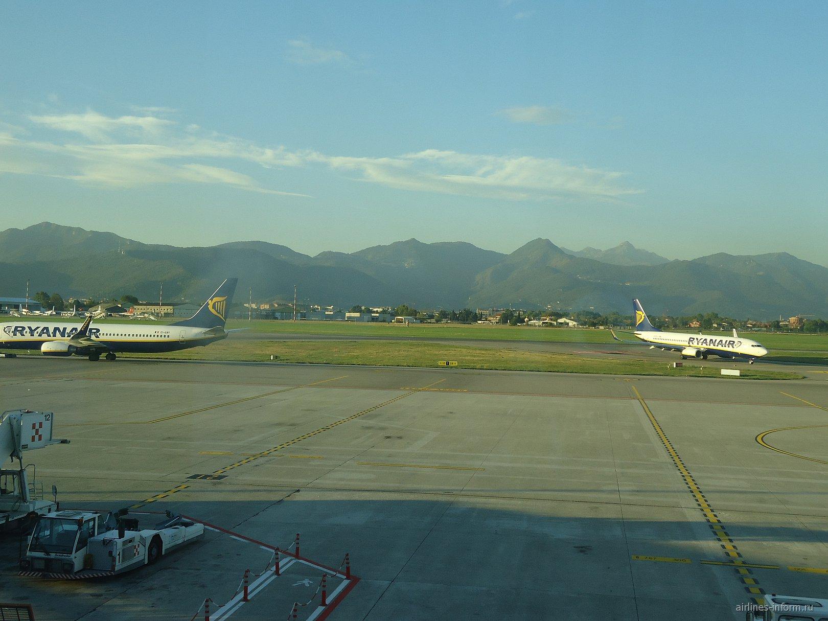 Перрон аэропорта Бергамо