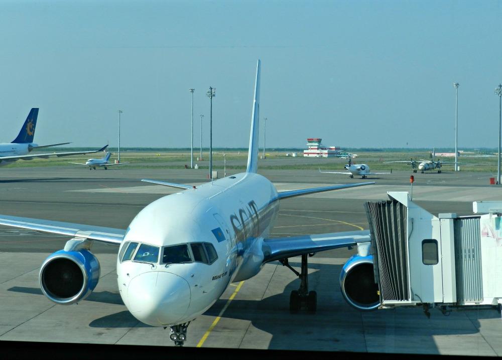 Боинг-757-200 авиакомпании СКАТ в аэропорту Астаны