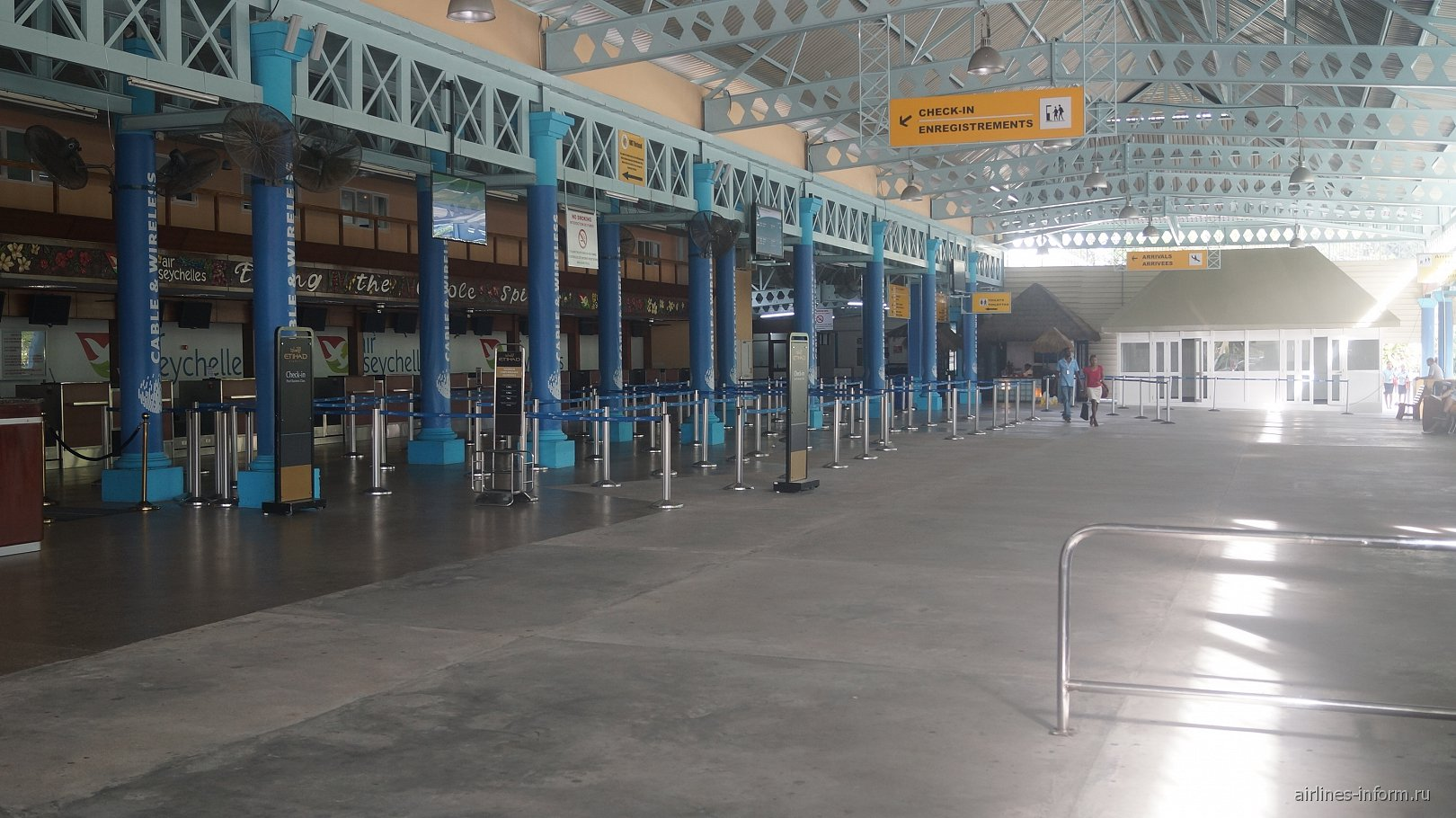 Зал регистрации на рейсы в Международном аэропорту Сейшельских островов