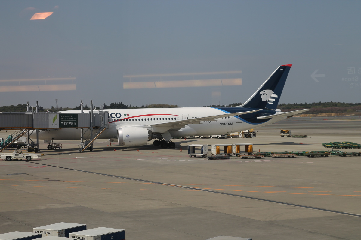 Мексиканский Боинг-787 в аэропорту Токио Нарита