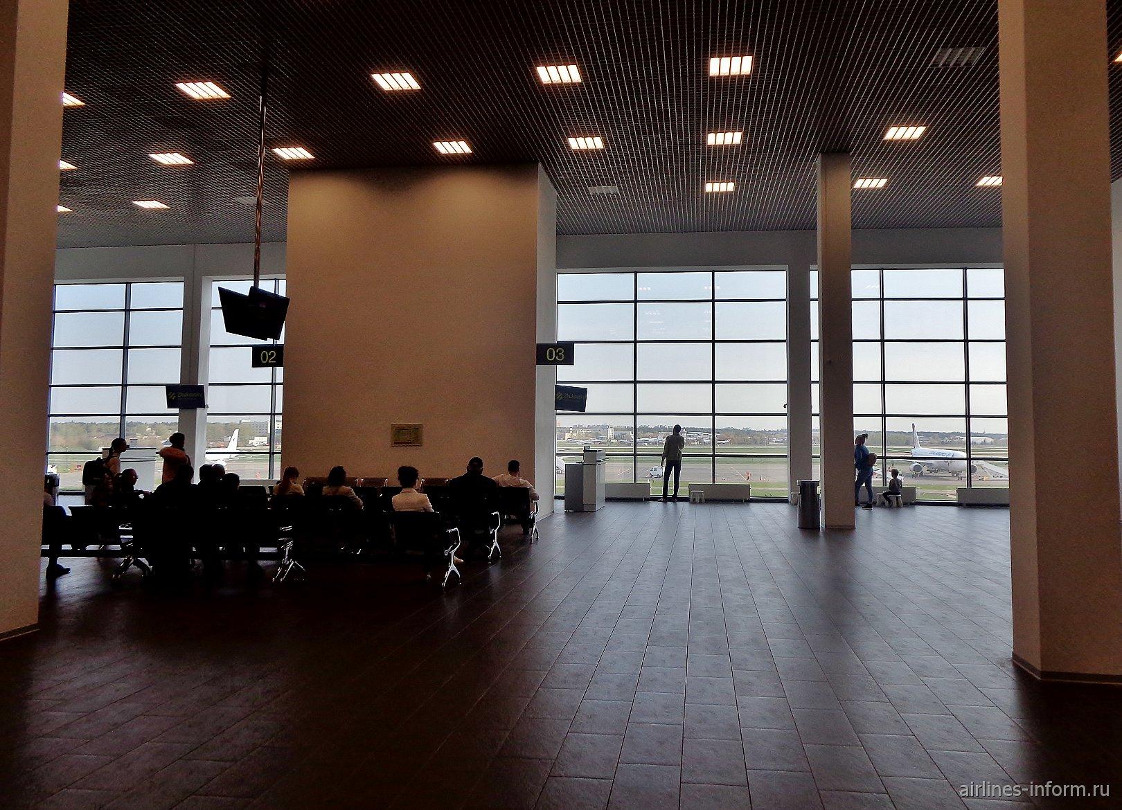 Зал ожидания в аэропорту Жуковский