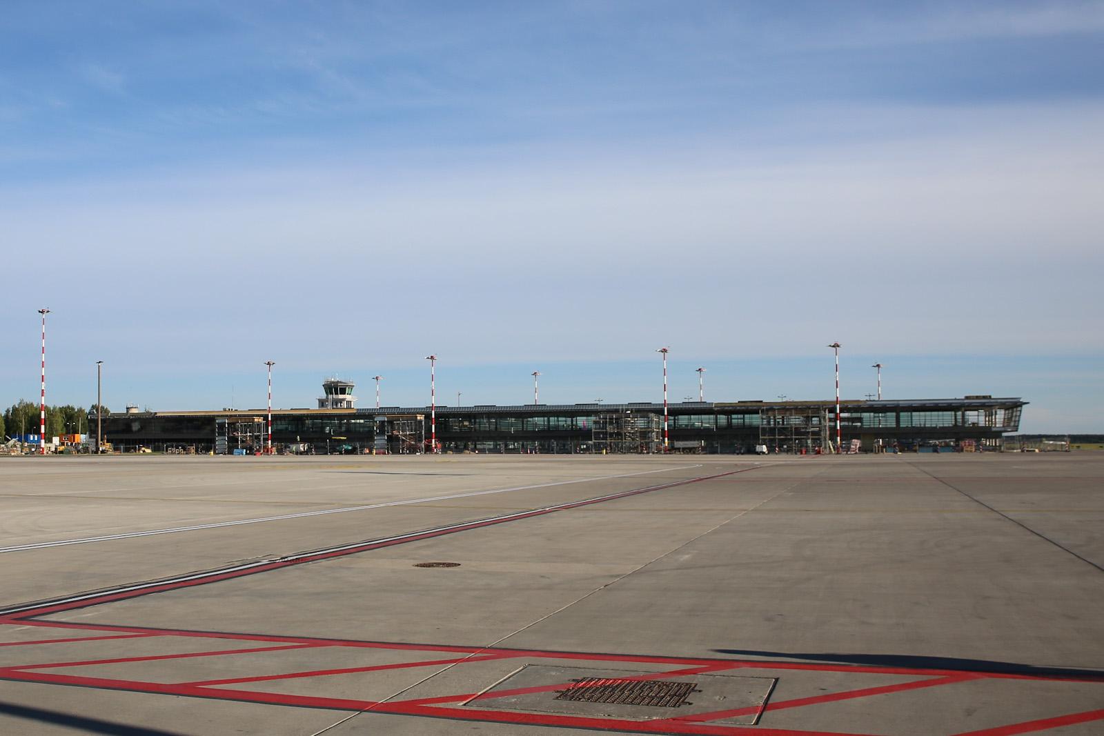 Новое крыло пассажирского терминала в аэропорту Рига