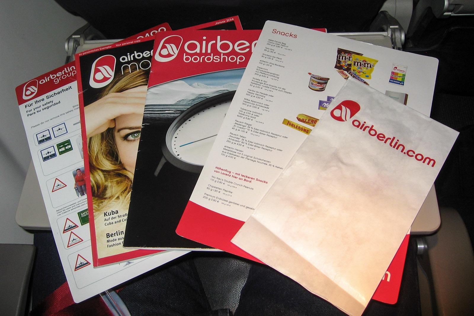Печатная продукция на рейсе авиакомпании airberlin