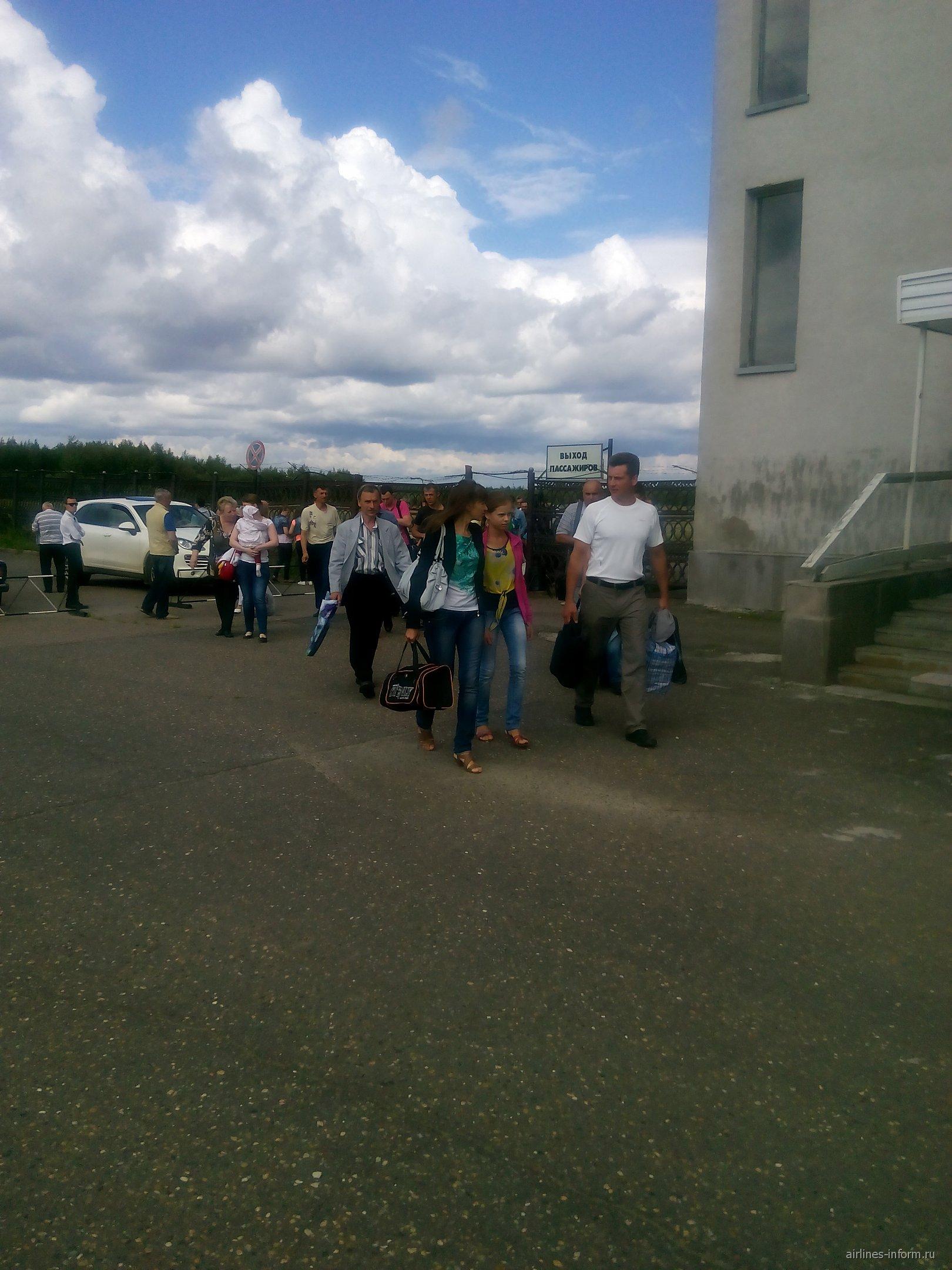 В аэропорту Стрежевой