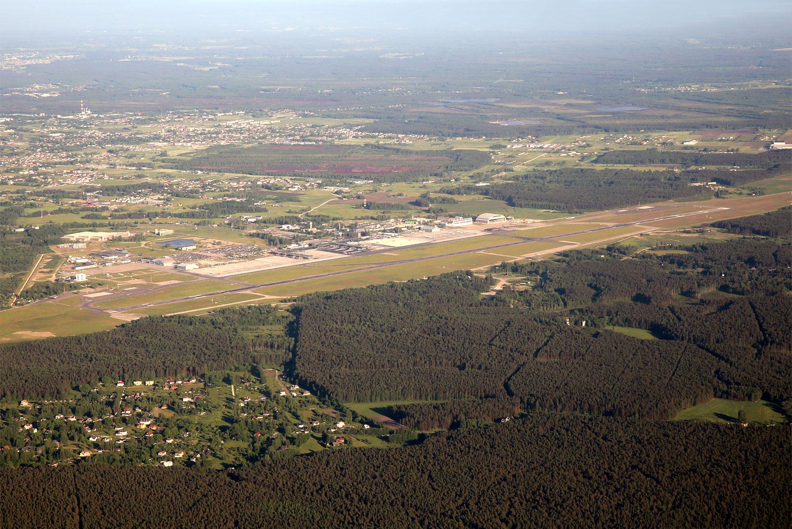 Вид на аэропорт Рига при взлете